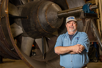 Paul's Fan Co. President Todd Elswick is diversifying and expanding the family business his late father started in 1958. Photo by Earl Neikirk